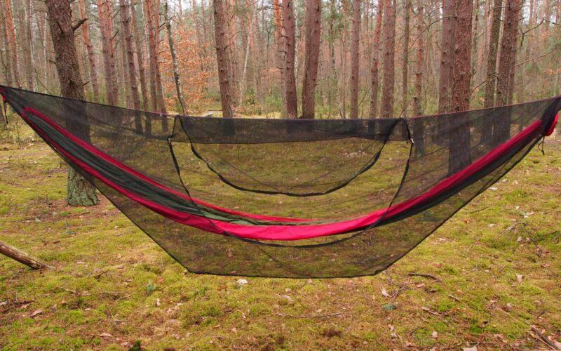 Mosquito net open